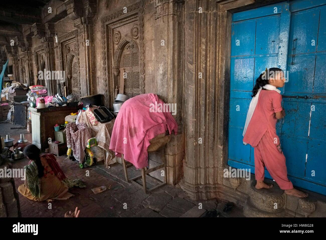 India, Gujarat State, Ahmedabad, listed as World Heritage by UNESCO, Rani's Hajira Tomb - Stock Image