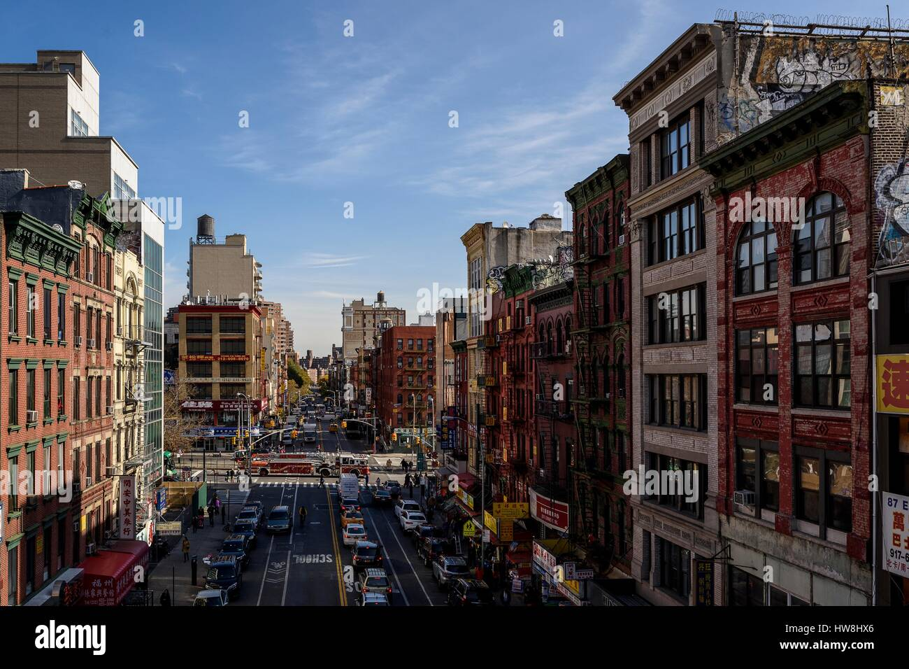 USA, New York, Manhattan, Chinatown, Typical street view of Chinatown in New York with the FDNY firebrigade , seen - Stock Image