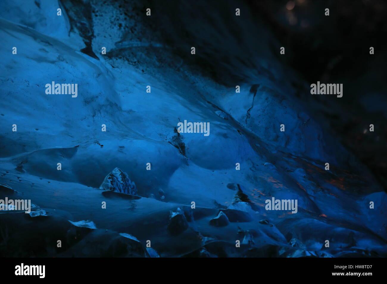 Ice Cave Iceland at Vatnajokull Glacier Jökulsarlon Nationa Park - Stock Image