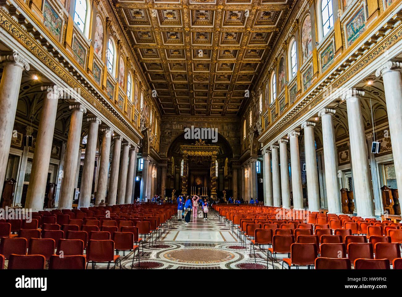 Nave. Basilica di Santa Maria Maggiore - Basilica of Saint Mary Major - or church of Santa Maria Maggiore. Rome, Stock Photo