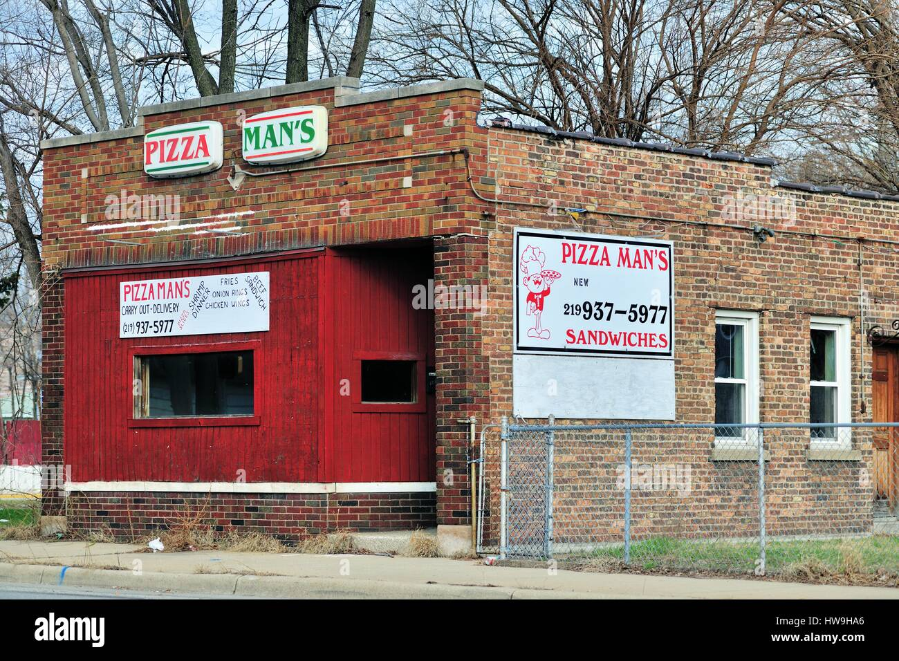 Inner city pizza establishment in Hammond, Indiana. - Stock Image