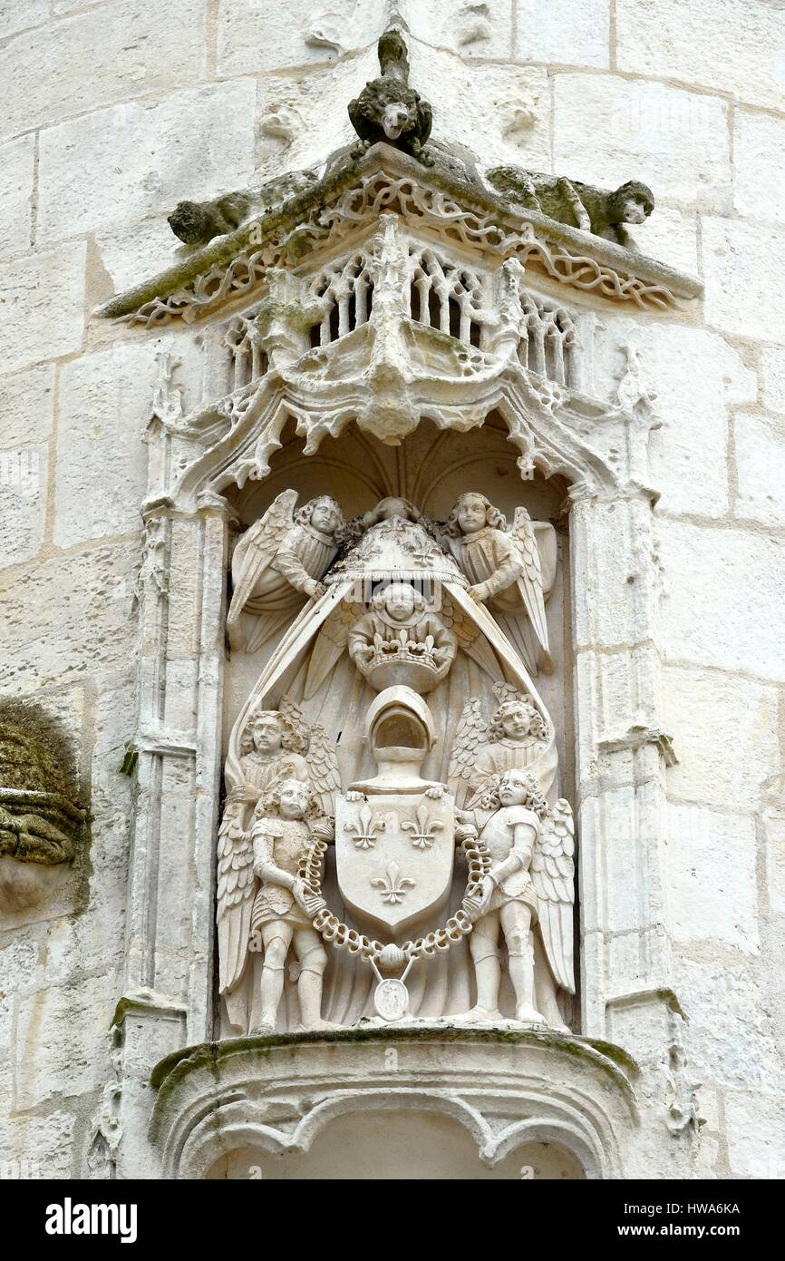 France, Charente-Maritime, La Rochelle, facade in flamboyant gothic style of La rochelle townhall, coats of arms - Stock Image