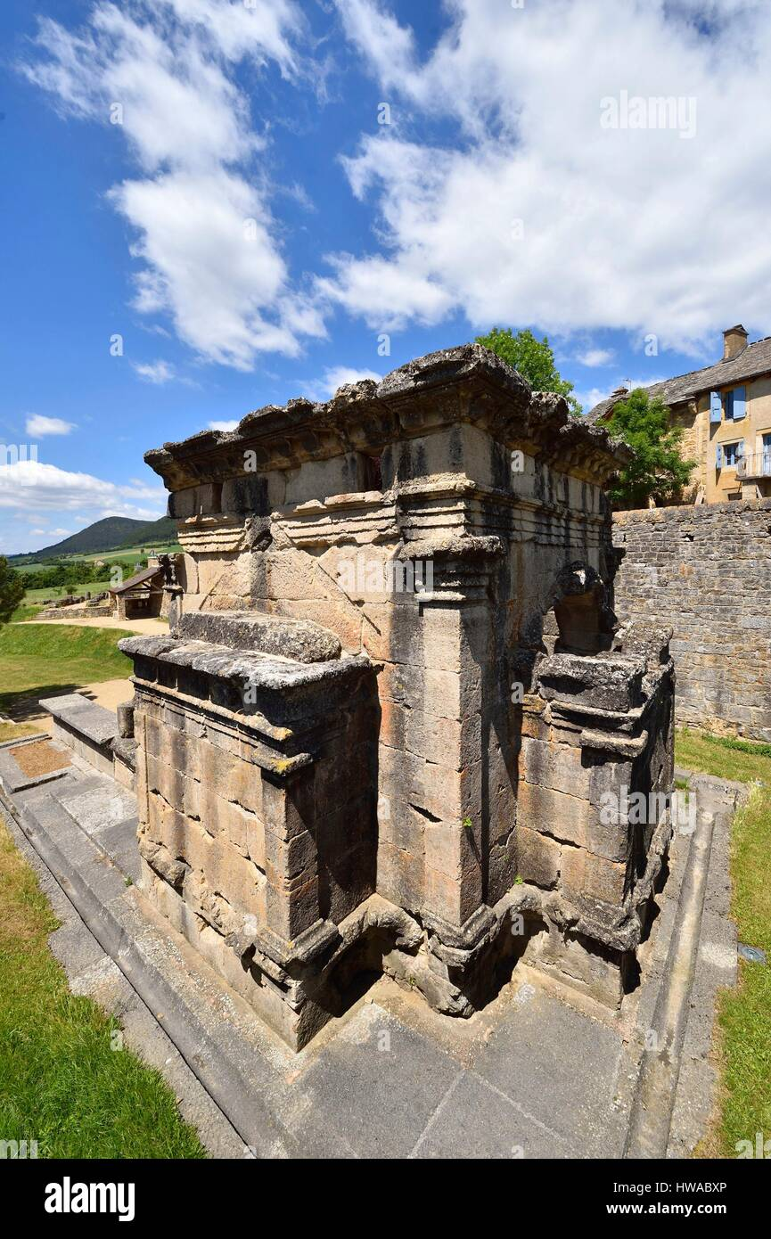 France, Lozere, near Mende, the Roman mausoleum Lanuejols higher at the end of the second century by a wealthy family - Stock Image