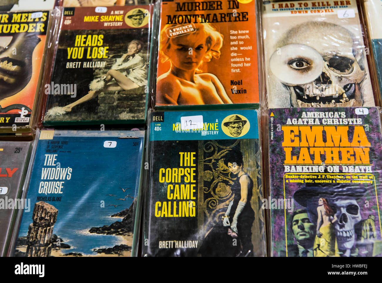 Glendale, California, USA. 19th Mar, 2017. The 38th Annual Los Angeles Vintage Paperback Collectors Show, the largest - Stock Image