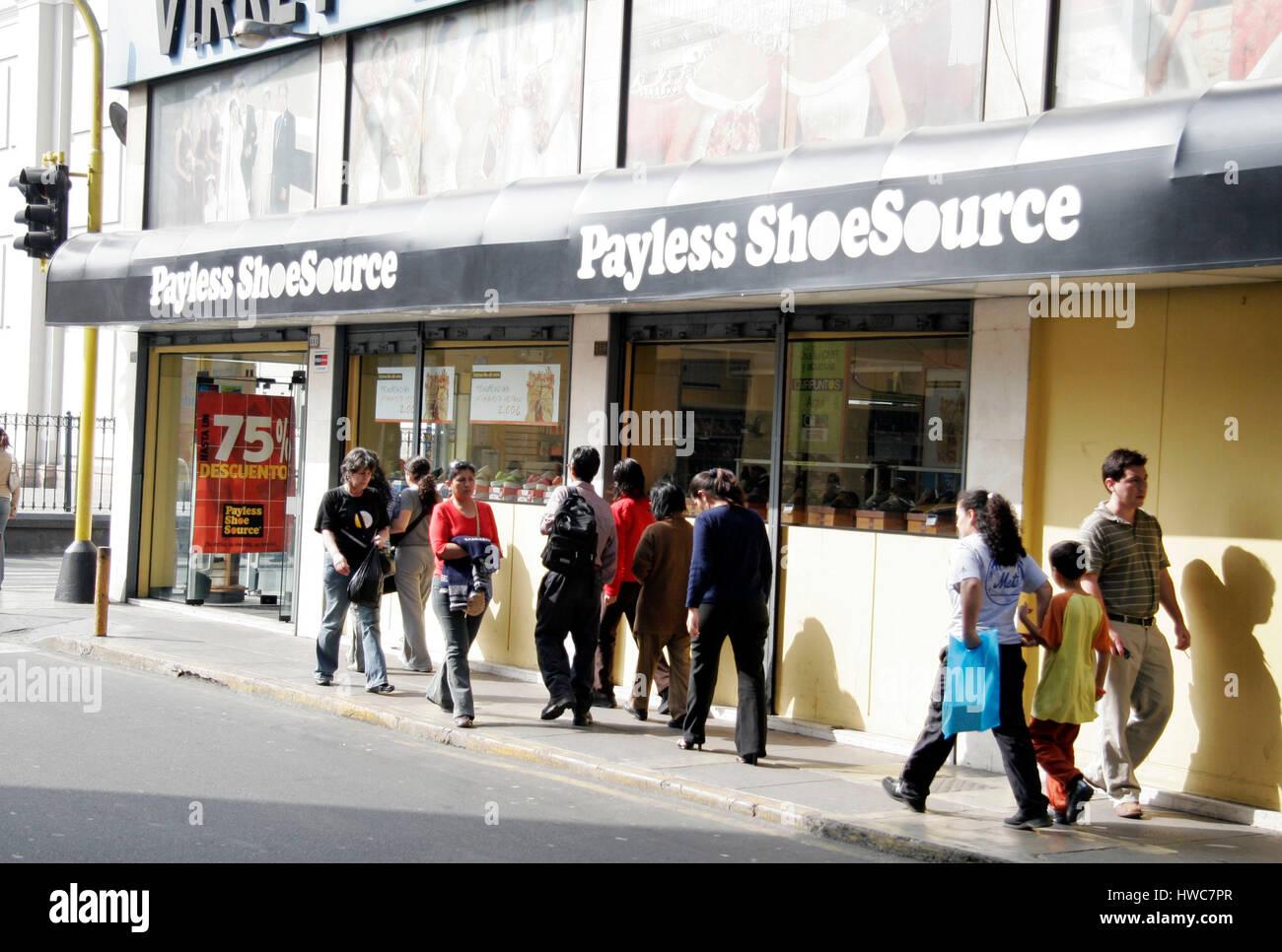 Plattsburgh Mall Shoe Stores