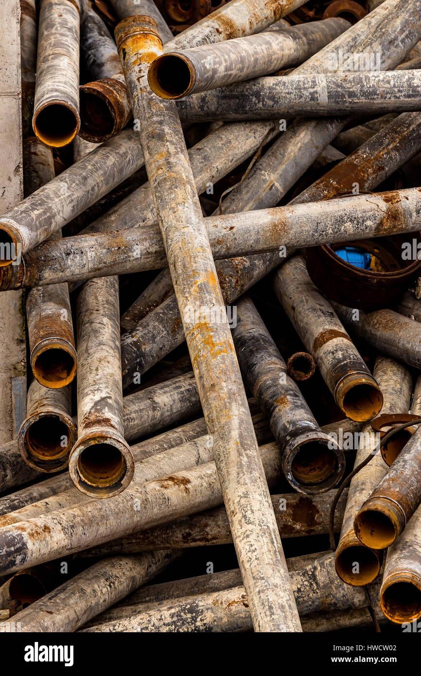 Pipes wait on a scrap yard for her disposal, Rohre warten auf einem Schrottplatz auf ihre Entsorgung Stock Photo