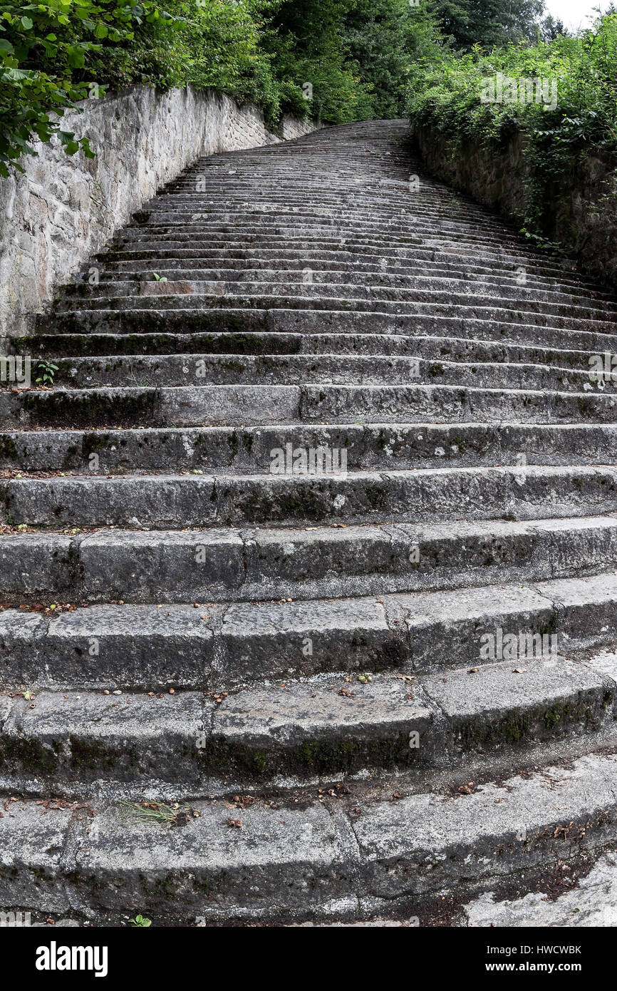 Granite Quarried In Mauthausen : The death narrow staircase to stone quarry in