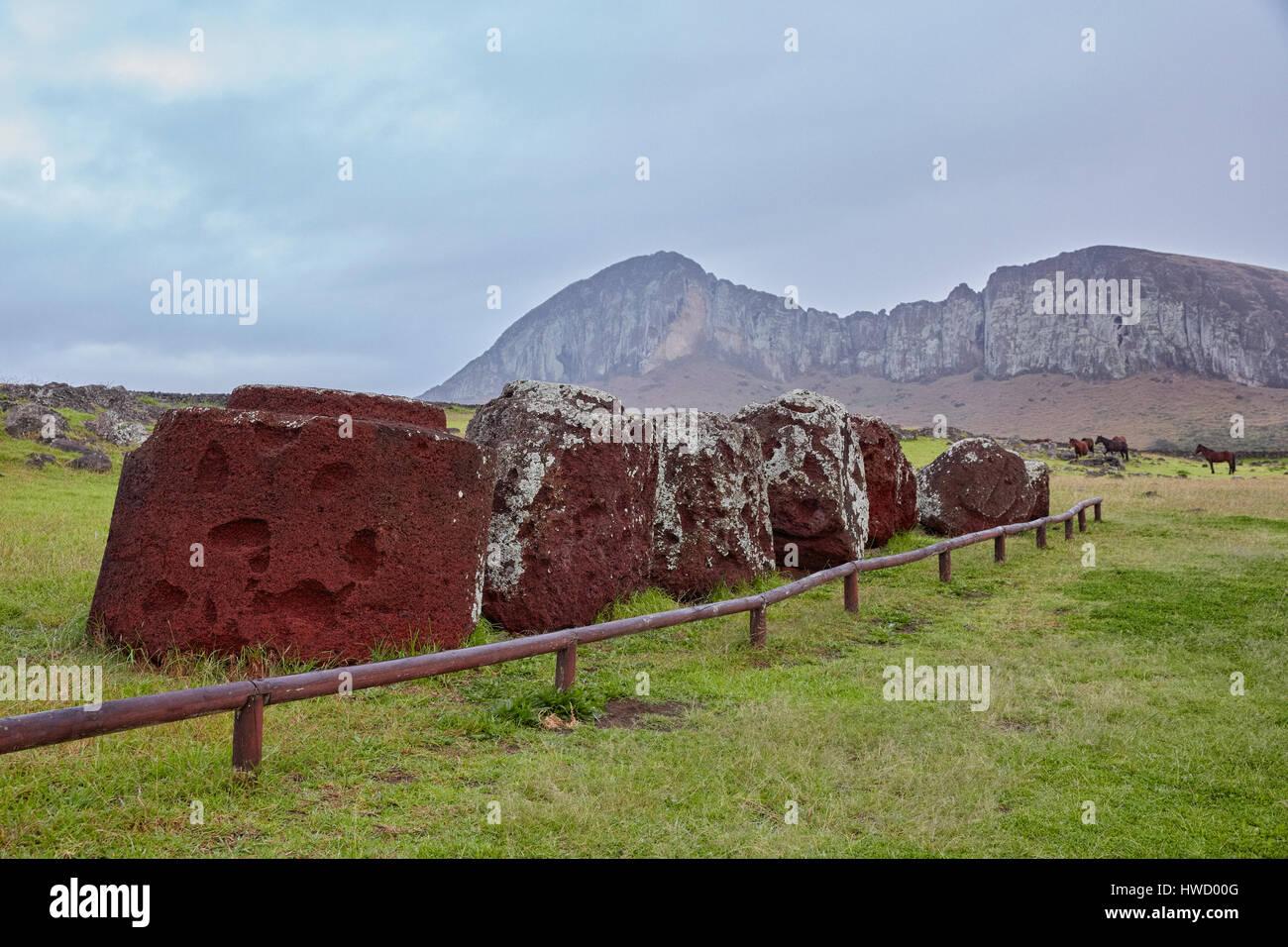 Pukao, top knots (hats), Ahu Tongariki, Rapa Nui, Easter Island, Isla de Pascua, Chile - Stock Image