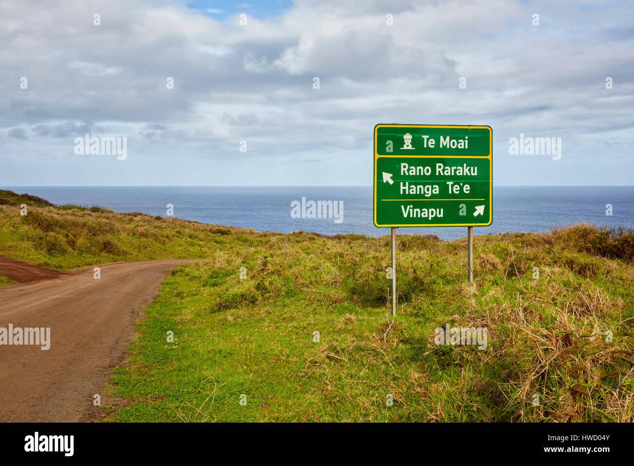 Te Moai, Rano Raraku, Hanga Te'e and Vinapu road sign, Easter Island, Chile - Stock Image