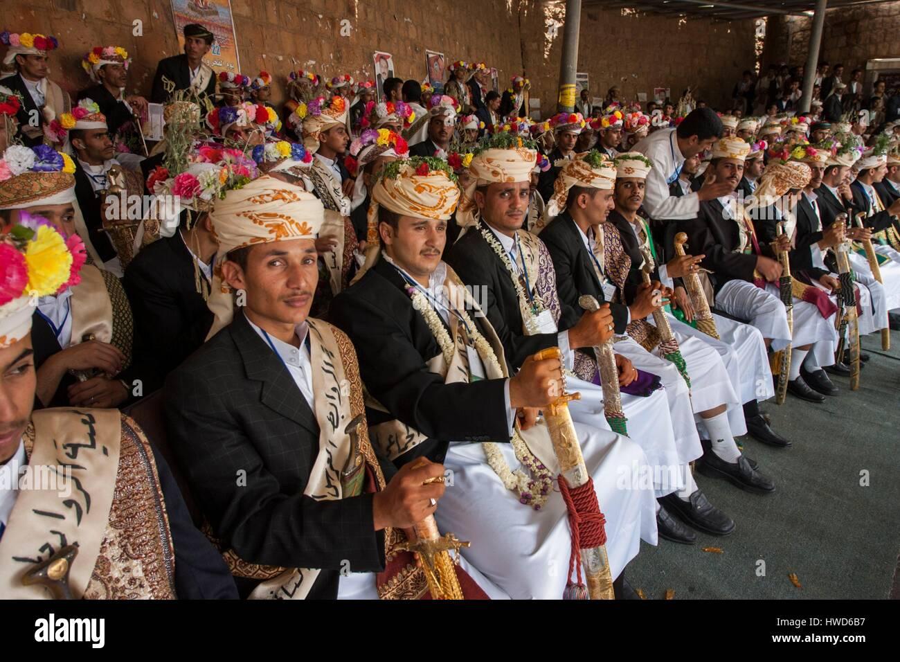 Yemen, Highlands, collective wedding Stock Photo - Alamy