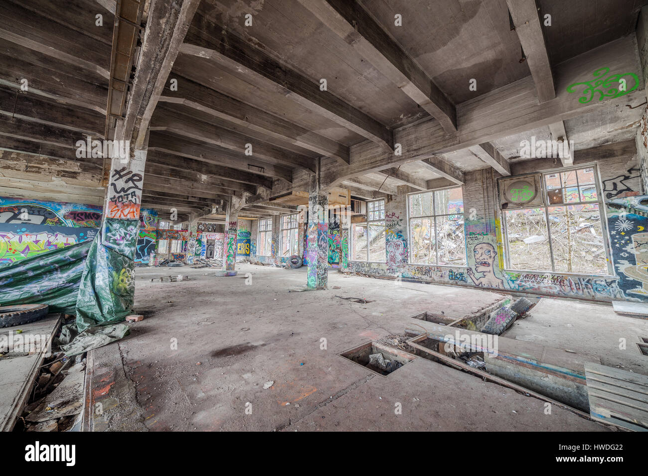 Abandoned old factory building - Stock Image