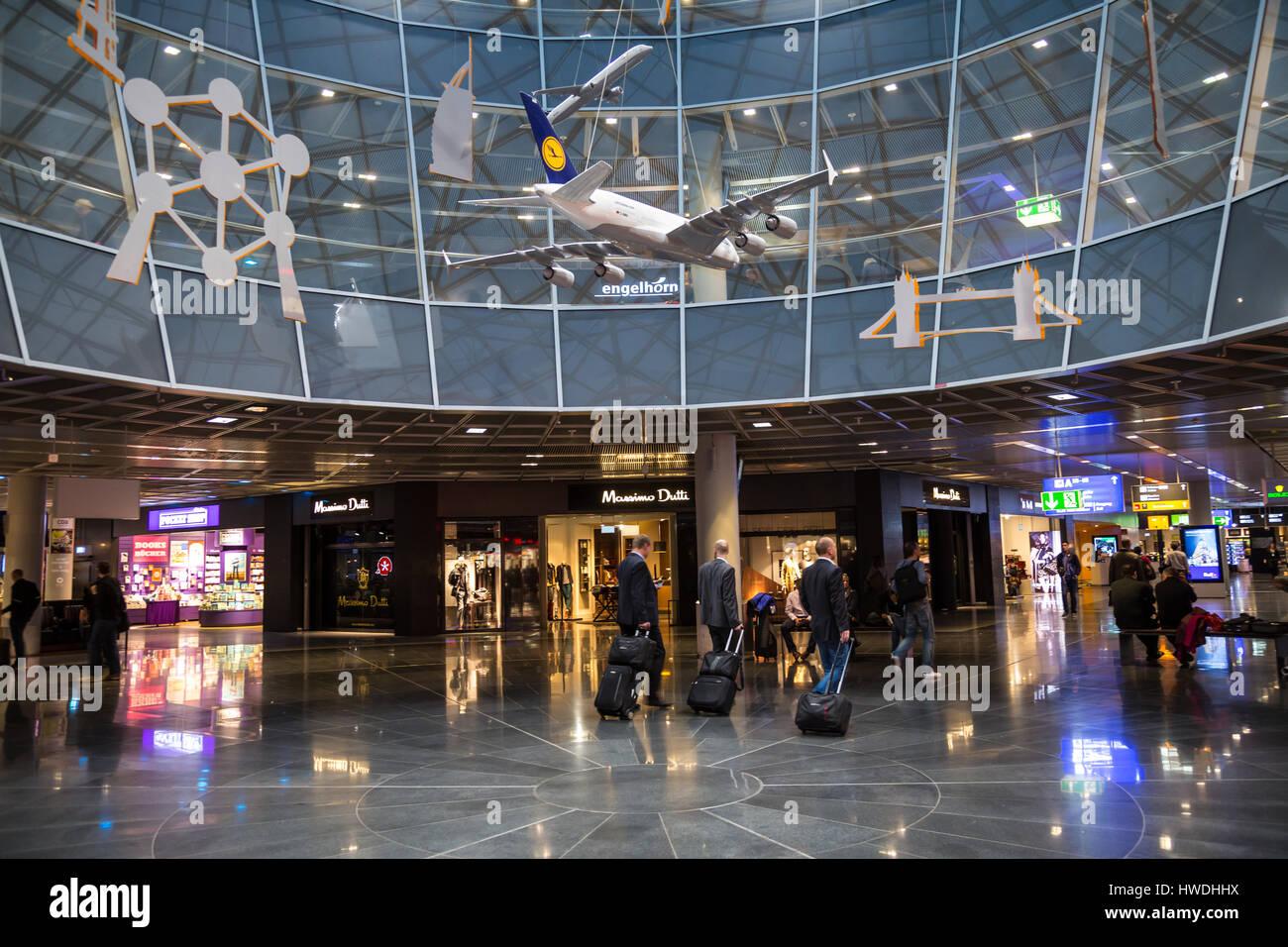 Held In Customs Frankfurt/Flughafen Germany