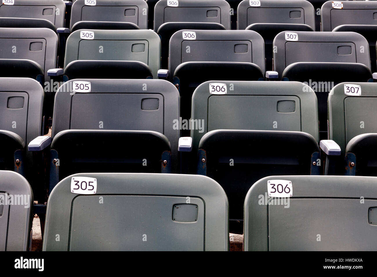 NC00638-00...NORTH CAROLINA - Rows of seats for the Lost Colony Theater at Fort Raleigh National Historic Site on - Stock Image