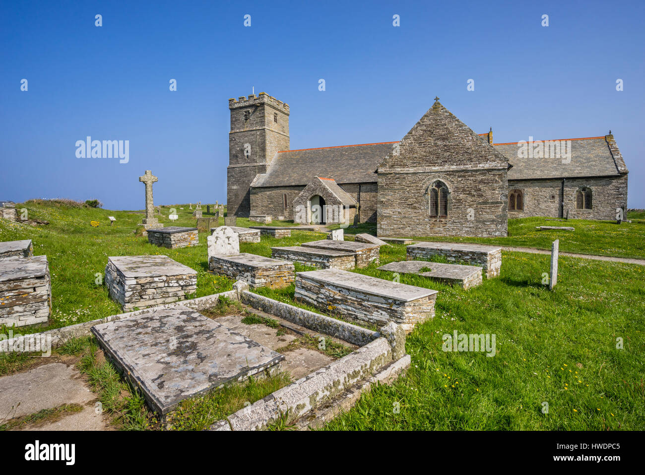 United Kingdom, South West England, Cornwall, Tintagel, view of the Parish Church of Saint Materiana with Churchyard - Stock Image