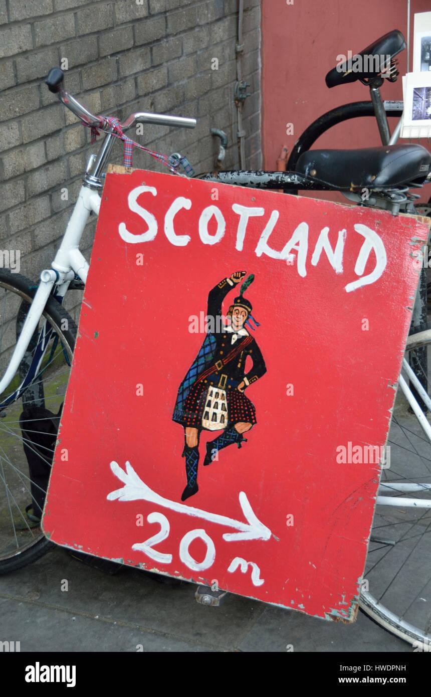 Scotland 20 metres sign. - Stock Image