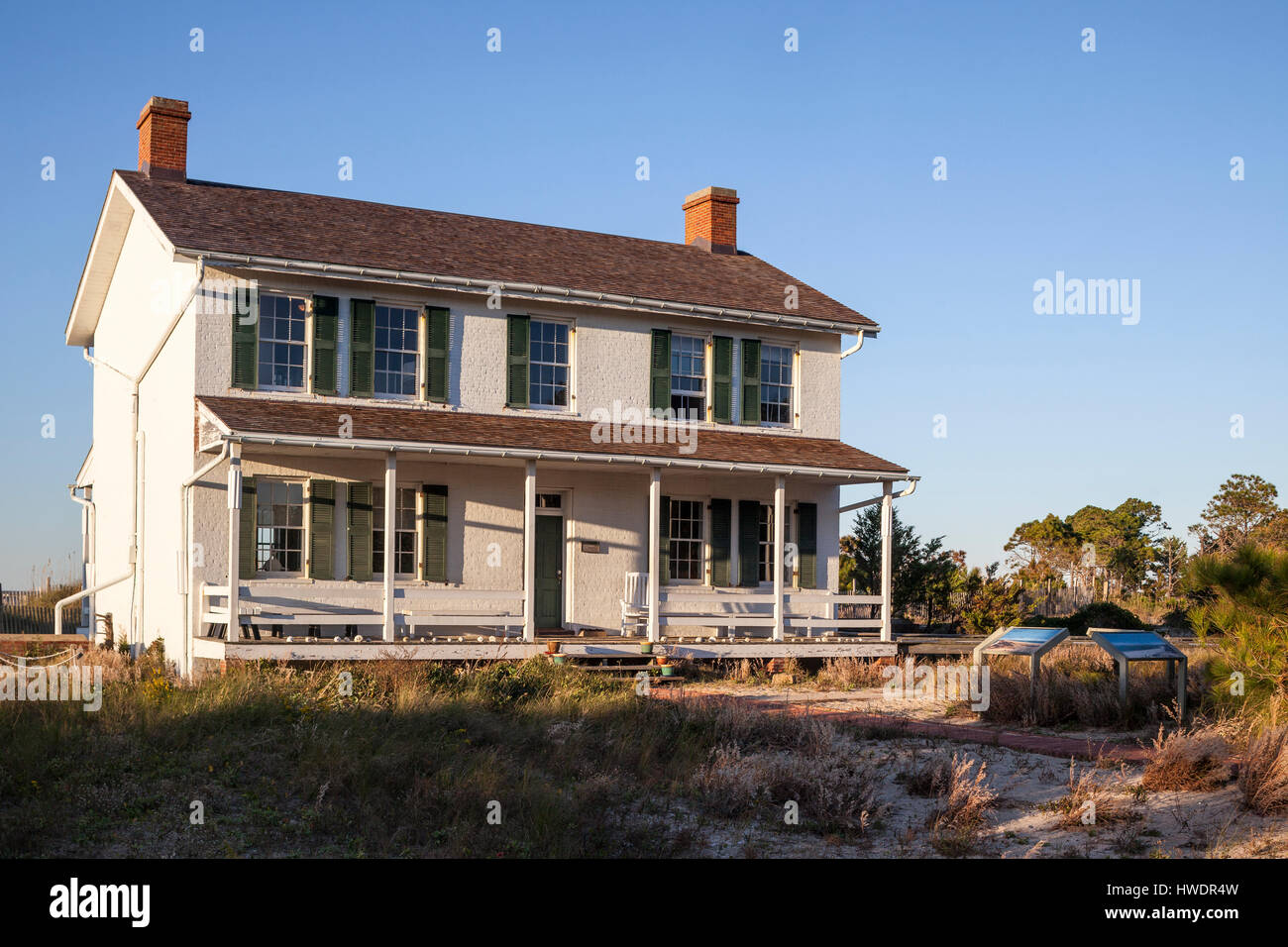 NC00867-00...NORTH CAROLINA - Lighthouse keepers house at Cape Lookout National Seashore on the South Core Banks. - Stock Image