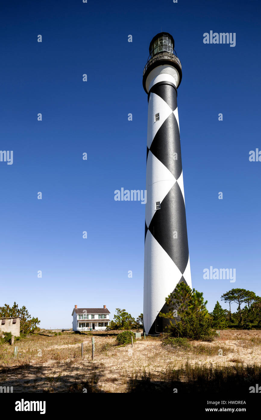 NC00892-00...NORTH CAROLINA - Cape Lookout Lighthouse and Keepers House on the South Core Banks Cape Lookout National - Stock Image