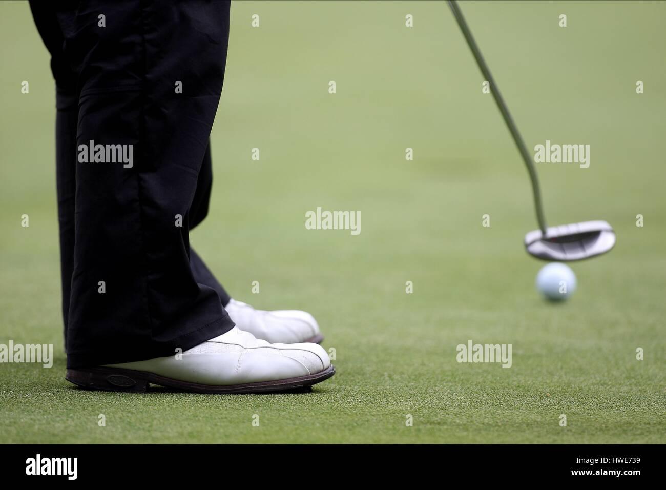 GOLFER PUTTING PGA CHAMPIONSHIP WENTWORTH CLUB SURREY ENGLAND 22 May 2009 - Stock Image
