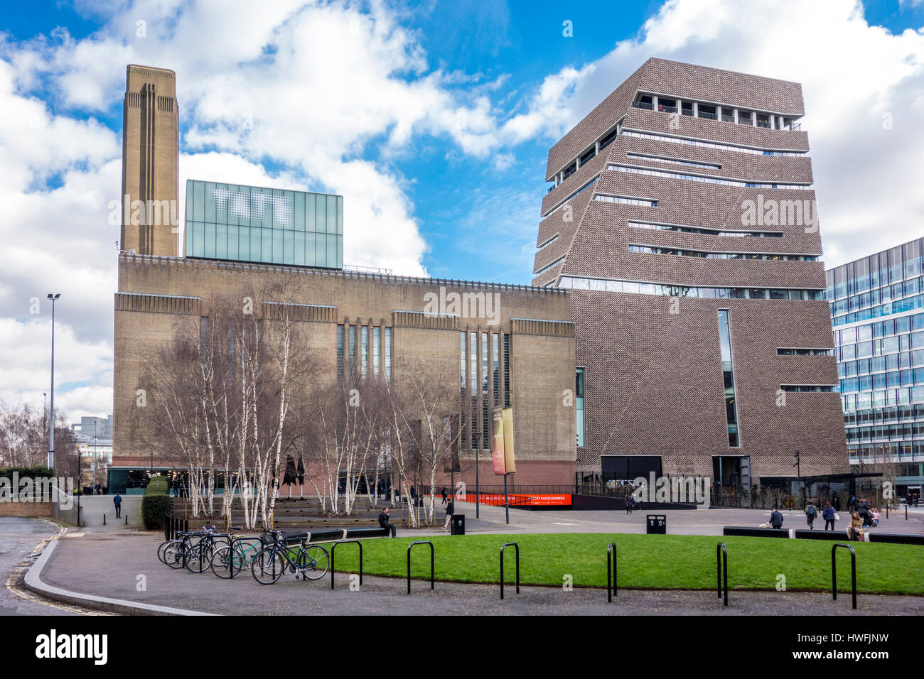 Exterior of Tate Modern Switch House by Herzog & de Meuron viewed from a public street, Bankside, London, UK - Stock Image