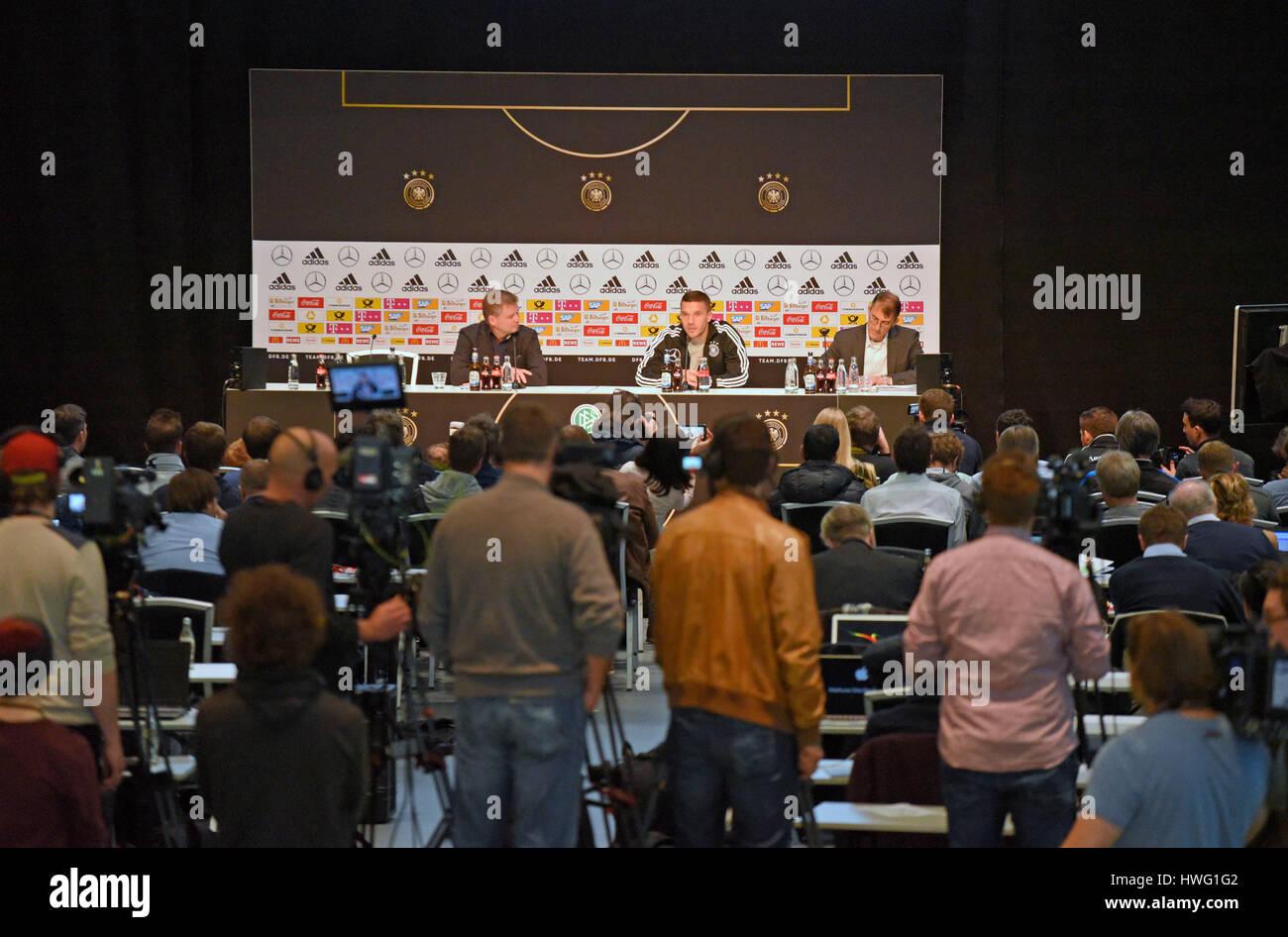 21.03.2017, Fussball Test-Länderspiel, Deutschland - England, in Dortmund, Abschieds-Pressekonferenz von Lukas Podolski Stock Photo