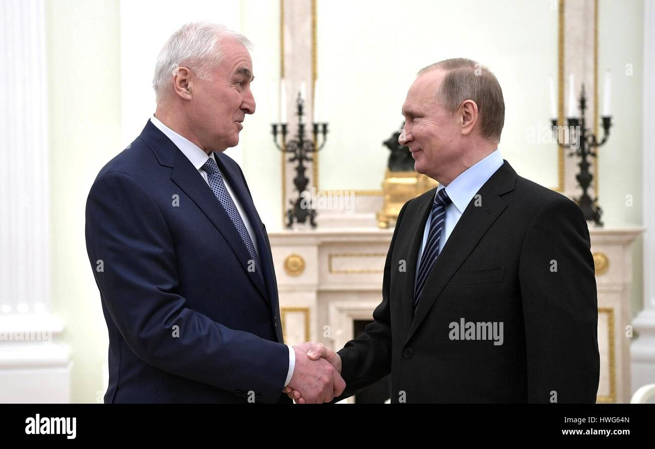 Moscow, Russia. 21 Mar, 2017. Russian President Vladimir Putin greets President of South Ossetia Leonid Tibilov - Stock Image