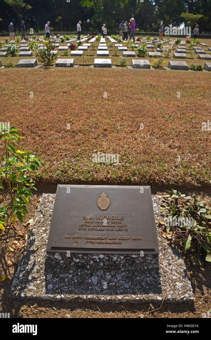 Thanbyuzayat Cemetery, Myanmar - Stock Image
