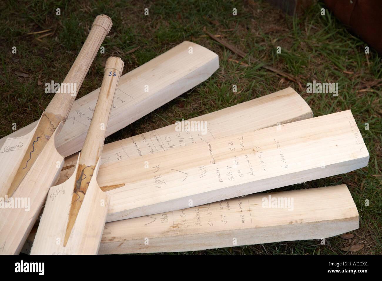 Wooden Cricket Bat Stock Photos & Wooden Cricket Bat Stock
