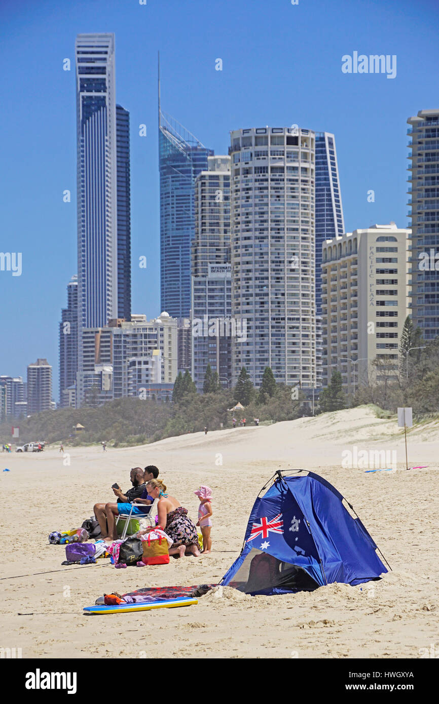 Campers on beach at Surfers Paradise, Queensland, Australia. - Stock Image