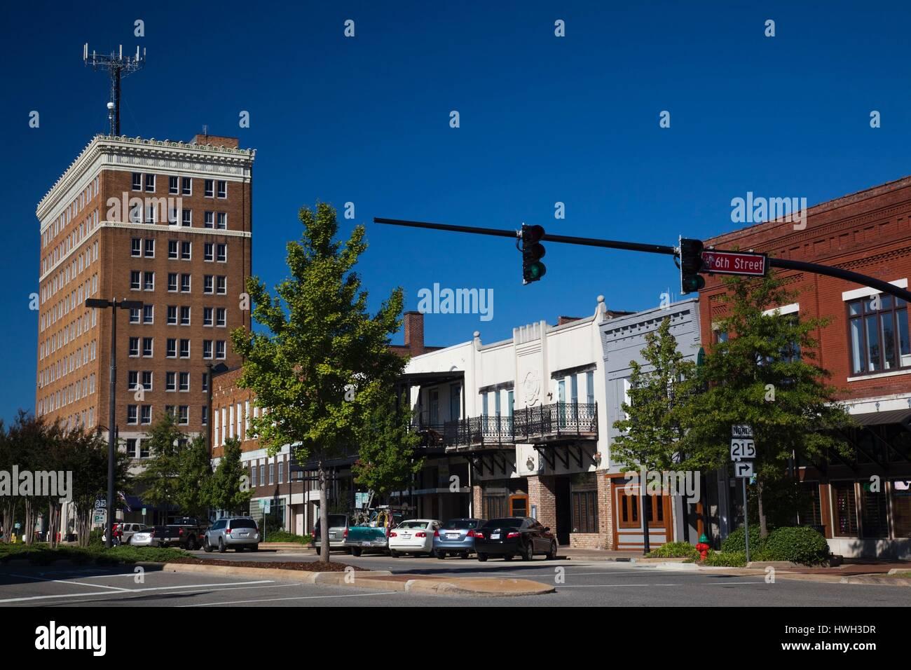 United States, Alabama, Tuscaloosa, Greensboro Avenue, also known as 24th Avenue - Stock Image