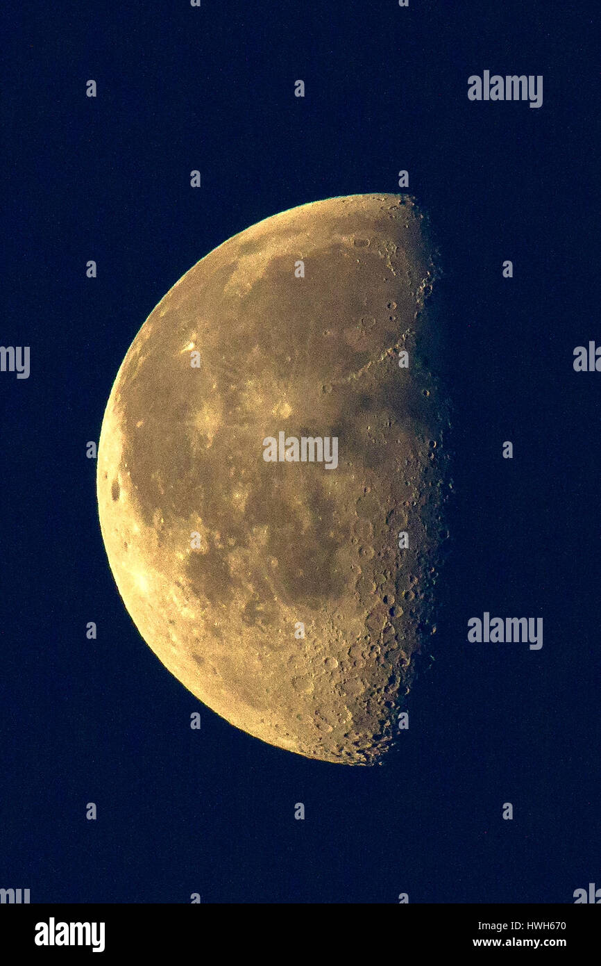 planets moons craters - photo #29