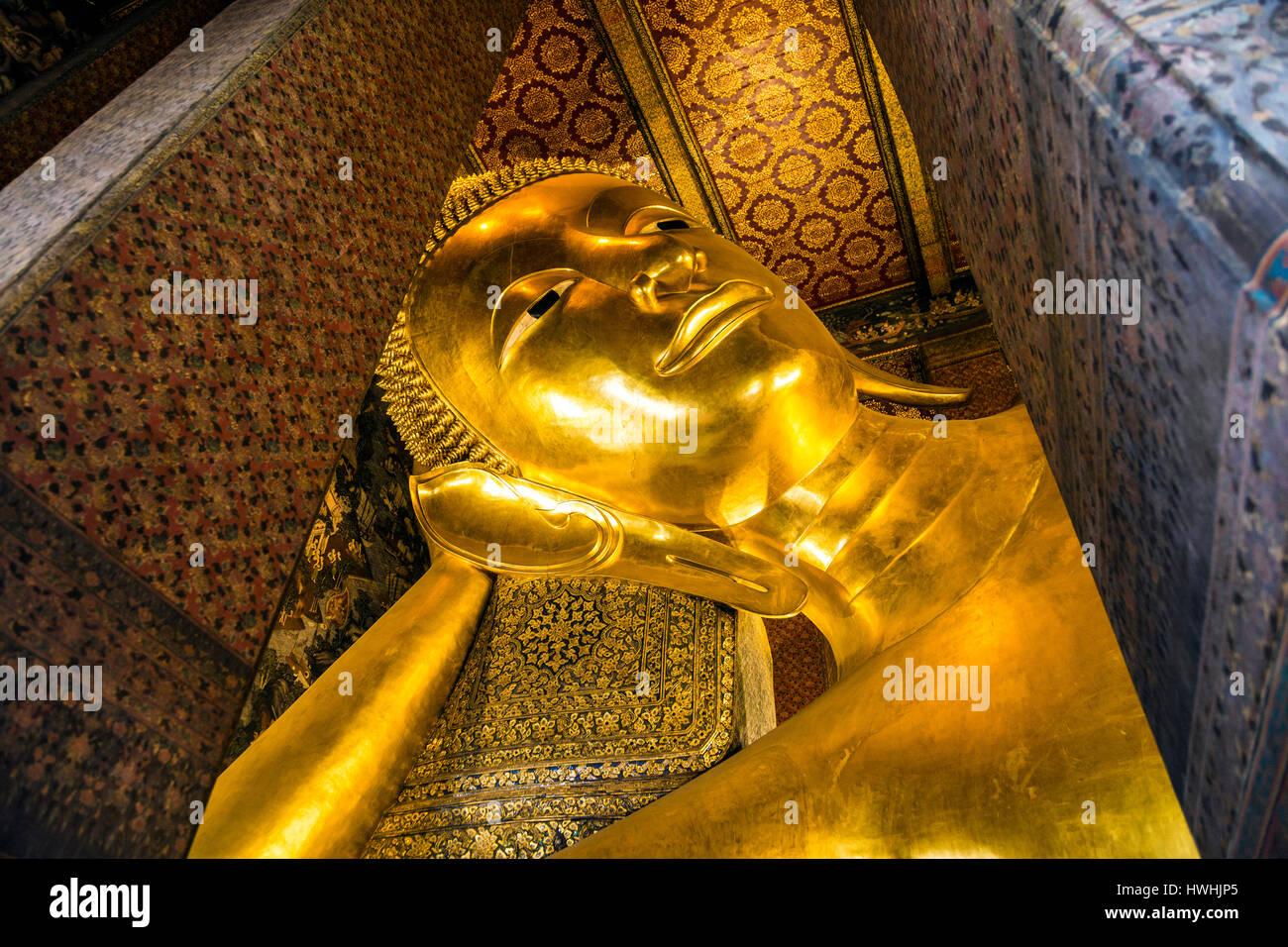 Reclining Buddah at Wat Pho Temple, Bangkok, Thailand - Stock Image