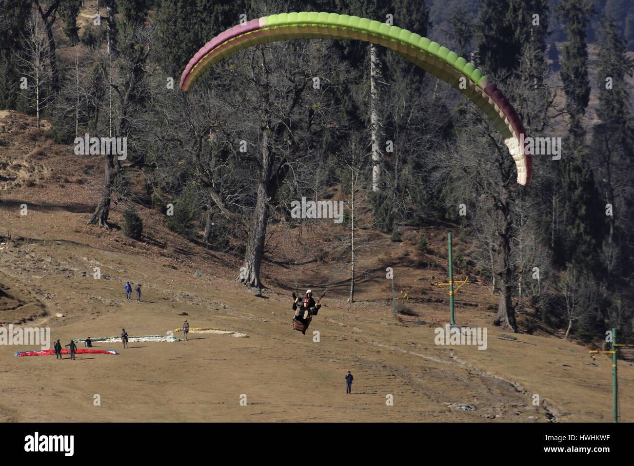 Paragliding at Solang Valley, Kulu Manali, Himachal Pradesh, India - Stock Image