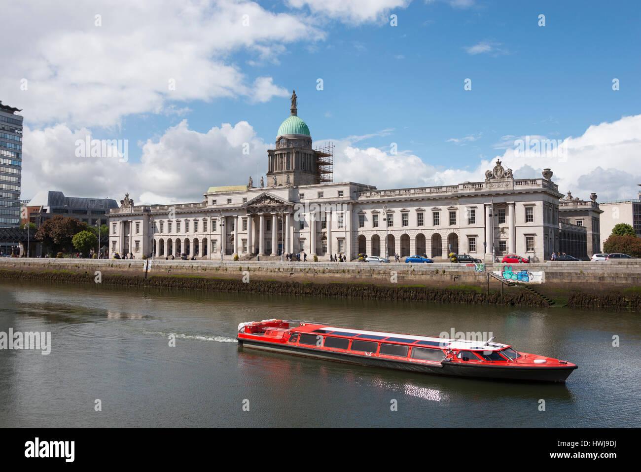 Custom House, River Liffey, Docklands, Dublin, County Dublin, Ireland - Stock Image
