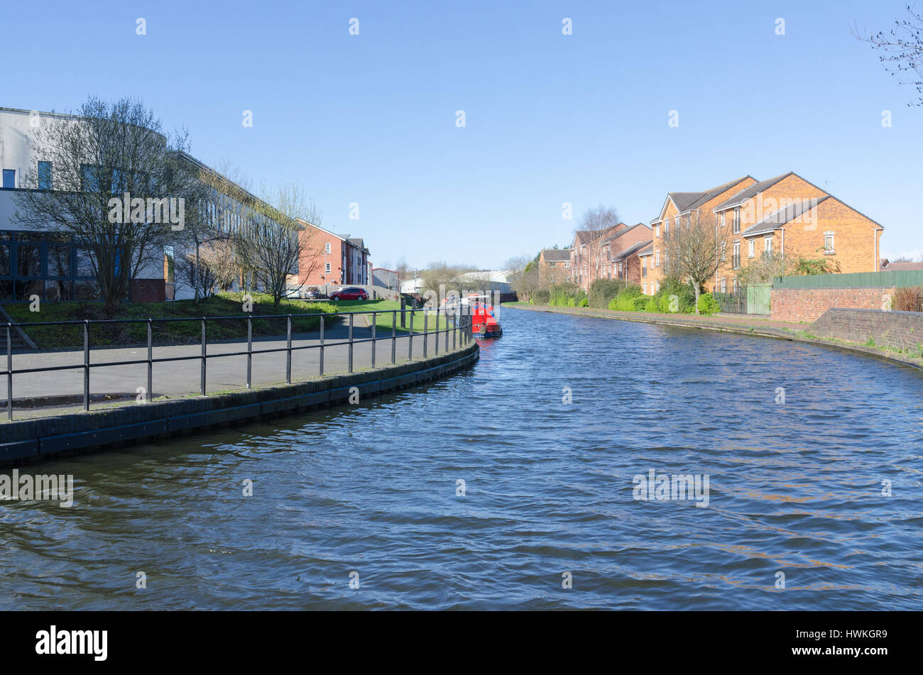 Waterside living on the Birmingham Canal running through Tipton near Dudley in the Black Country - Stock Image