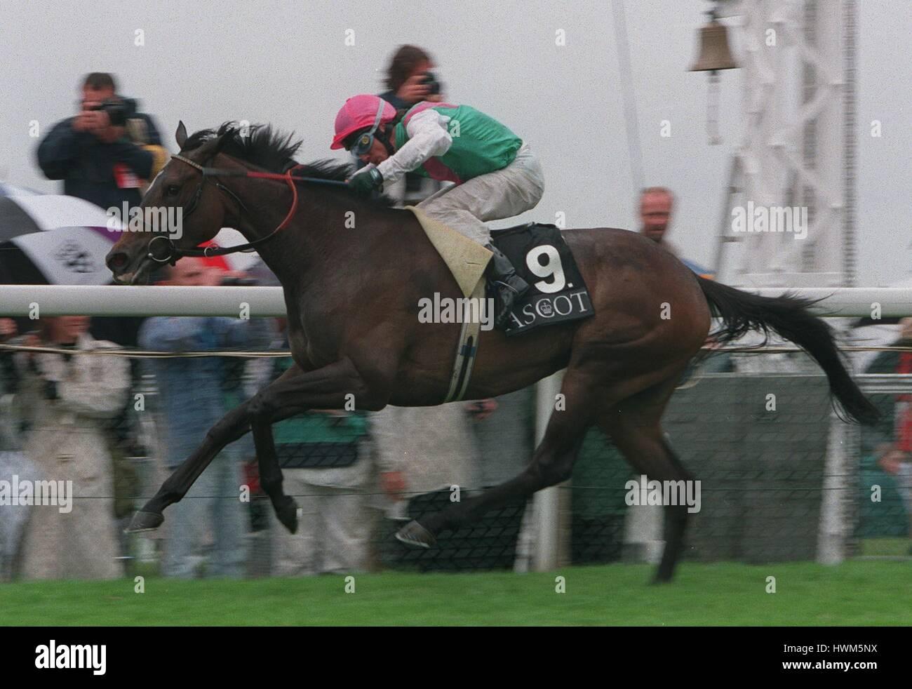 YASHMAK(K.FALLON)WINS RIBBLESDALE STAKES 19.6.97 25 June 1997 - Stock Image