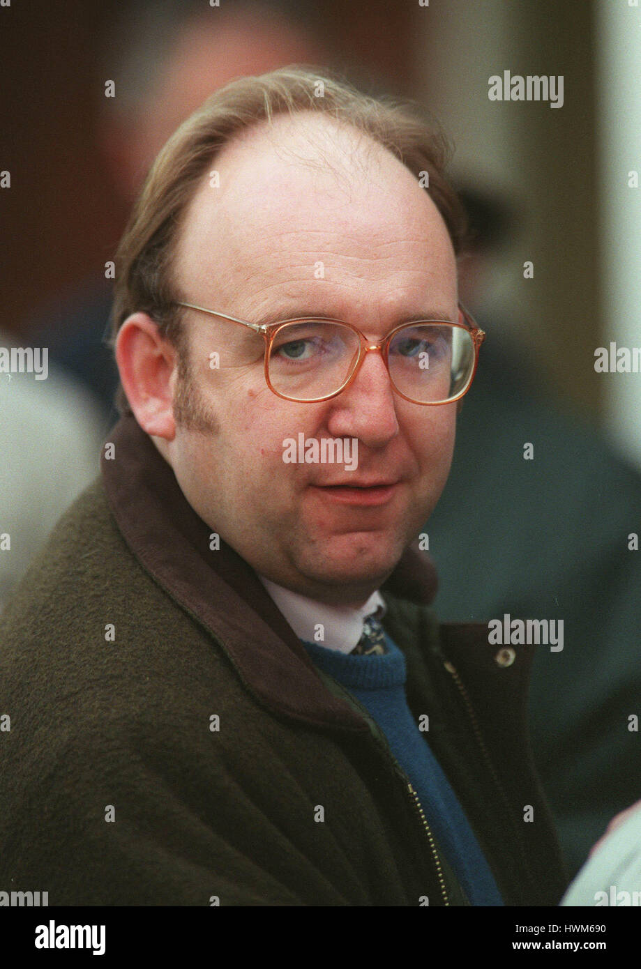 CORNELIUS LYSAGHT BBC RADIO RACING CORRESPONDENT 19 November 1997 - Stock Image