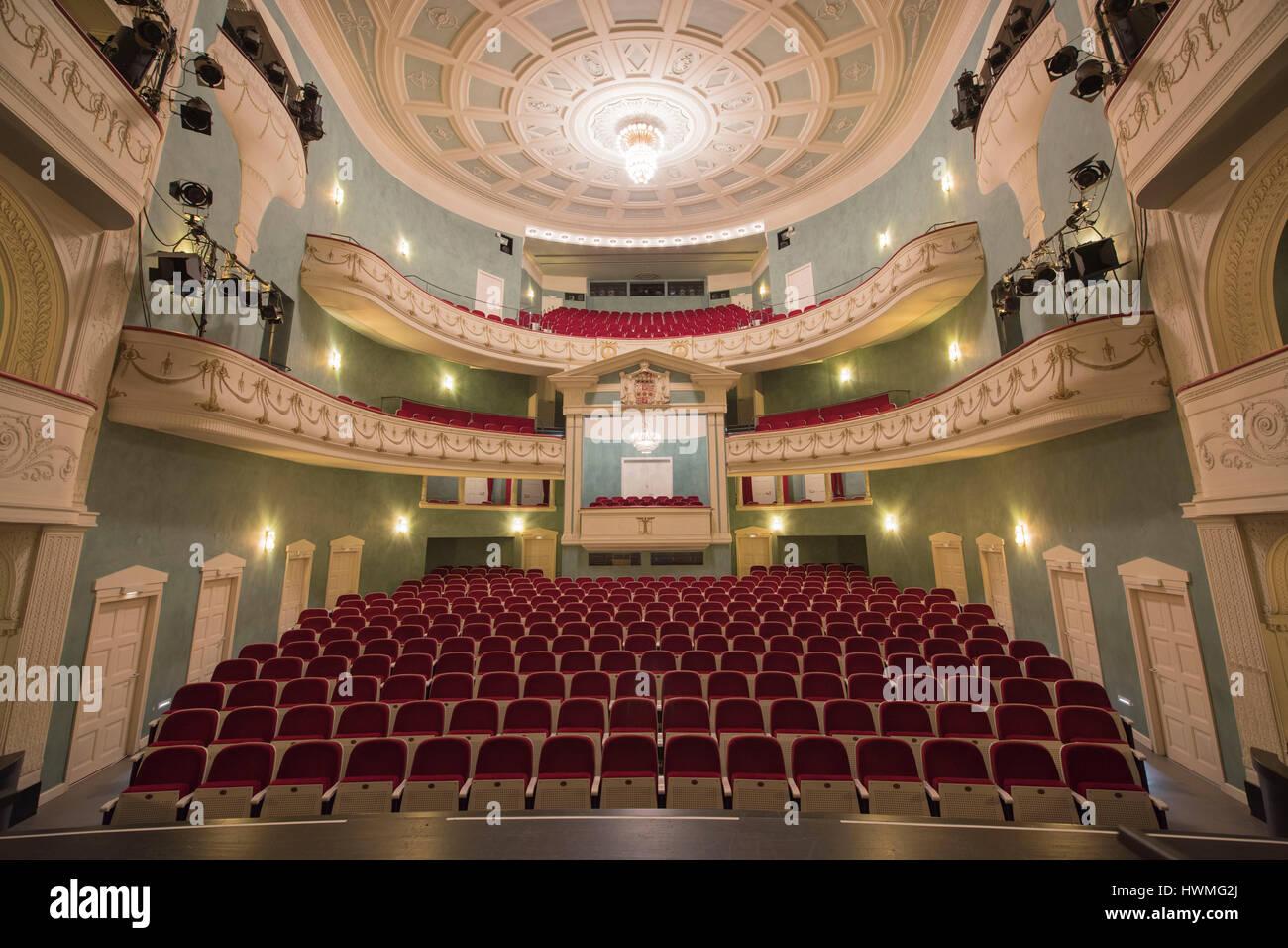 Deutschland, Nordrhein-Westfalen, Detmold, Landestheater Detmold, Zuschauerraum Stock Photo