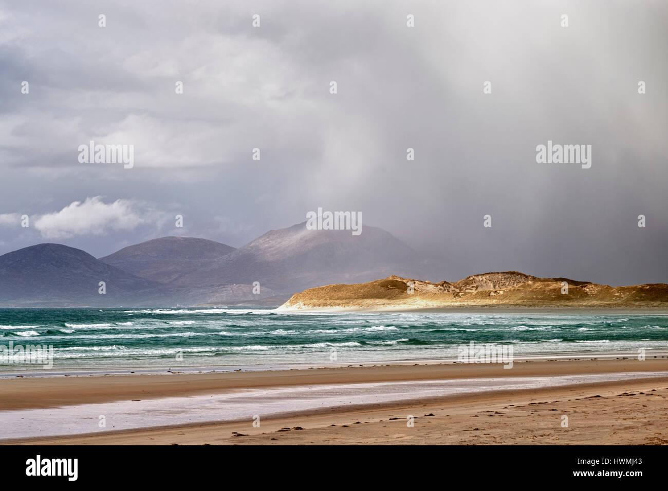 Wild Atlantic weather at Seilebost, Isle of Harris - Stock Image