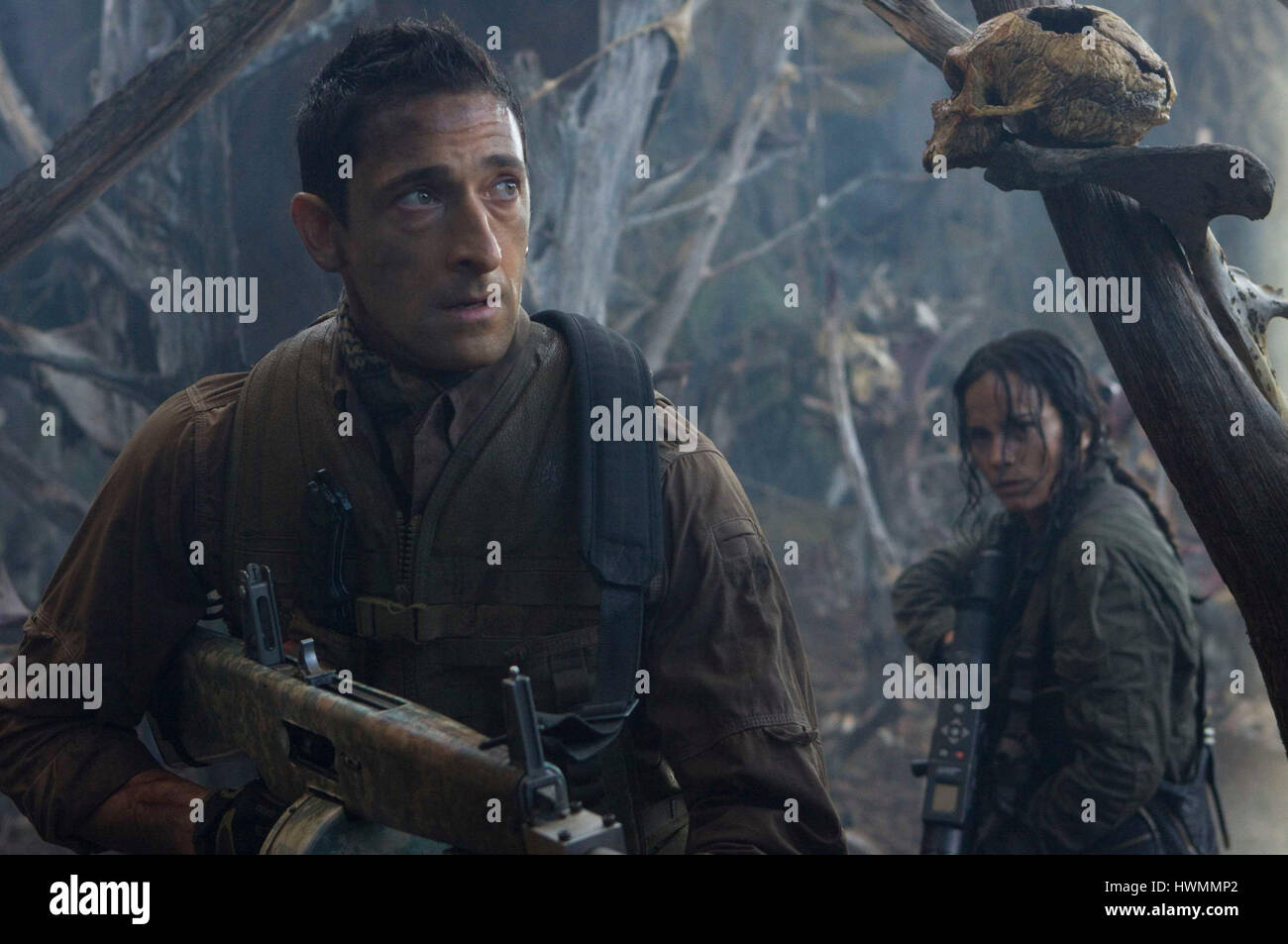 PREDATORS (2010) ADRIEN BRODY ALICE BRAGA NIMROD ANTAL (DIR) 20TH CENTURY FOX/MOVIESTORE COLLECTION LTD - Stock Image
