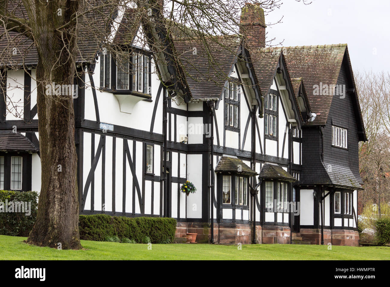 Port Sunlight - a model village and suburb in the Metropolitan Borough of Wirral, Merseyside. Black and white tudor - Stock Image