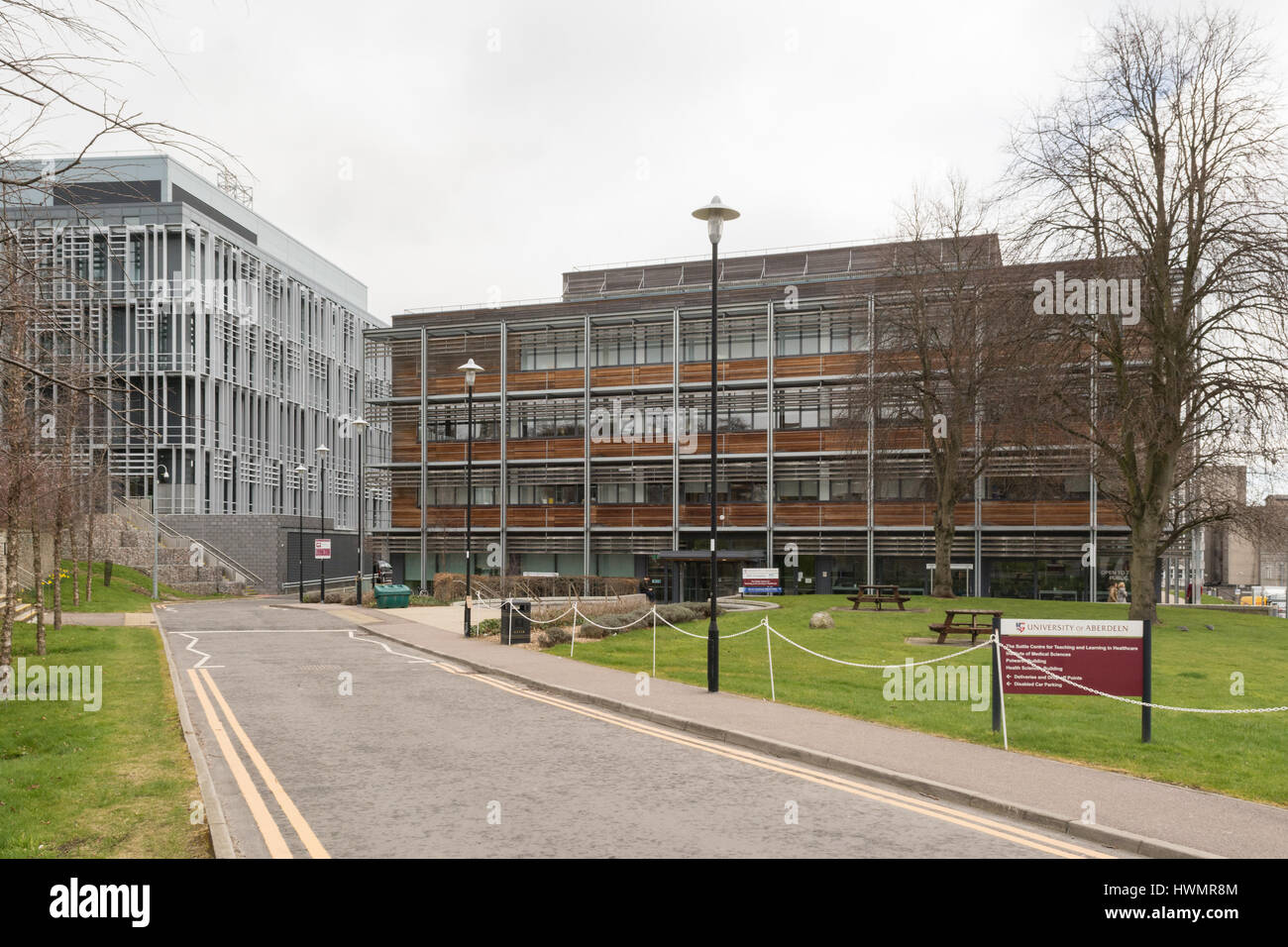 University of Aberdeen School of Medicine, Polwarth Building and Suttie Centre, Foresterhill campus, Aberdeen Royal - Stock Image