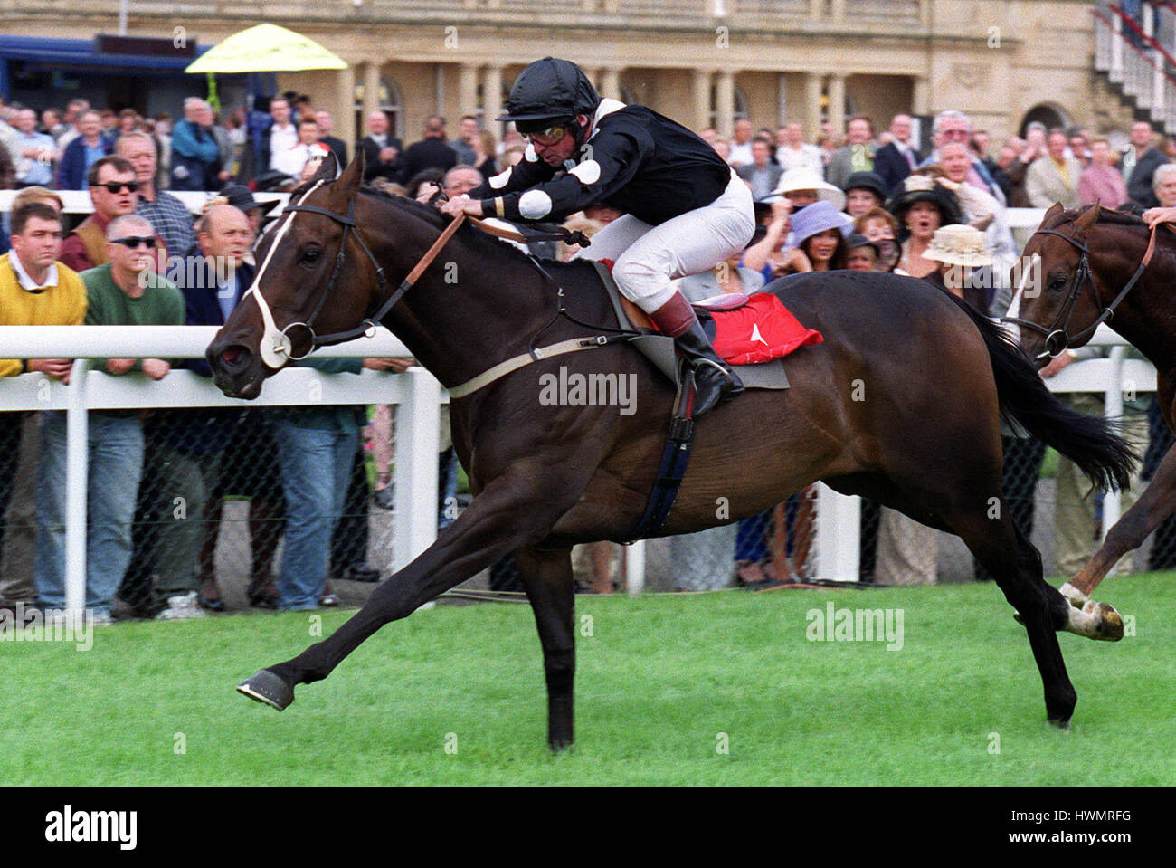 LORD KINTYRE RIDDEN BY M.ROBERTS 09 September 2000 - Stock Image