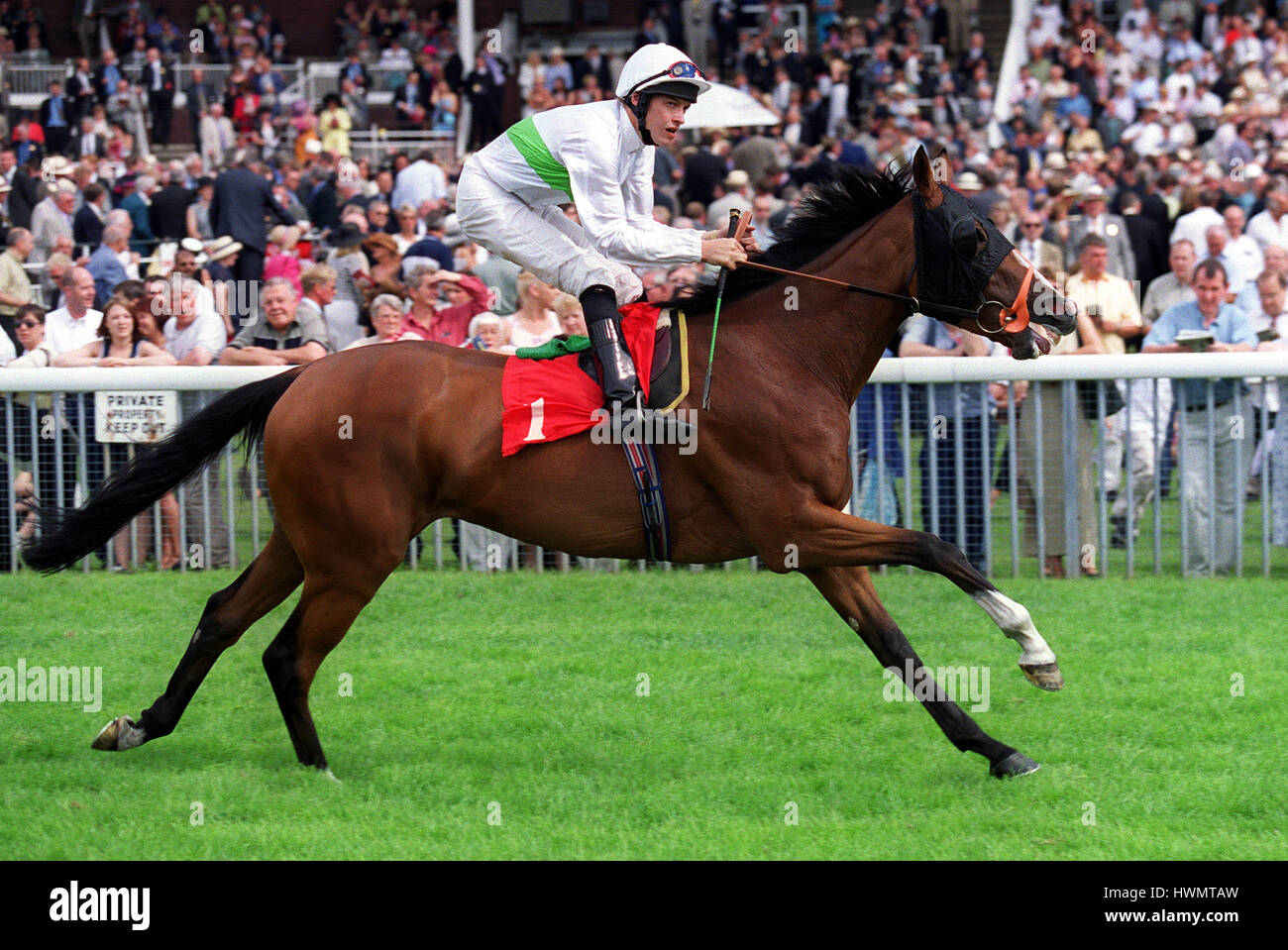 CAPE GRACE RIDDEN BY RICHARD HILLS 22 August 2000 - Stock Image