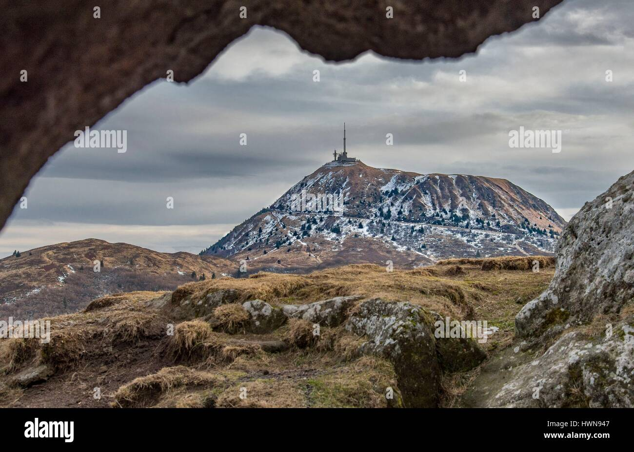 France, Puy de Dome, the Regional Natural Park of the Volcanoes of Auvergne, Chaine des Puys, Orcines, view of the - Stock Image