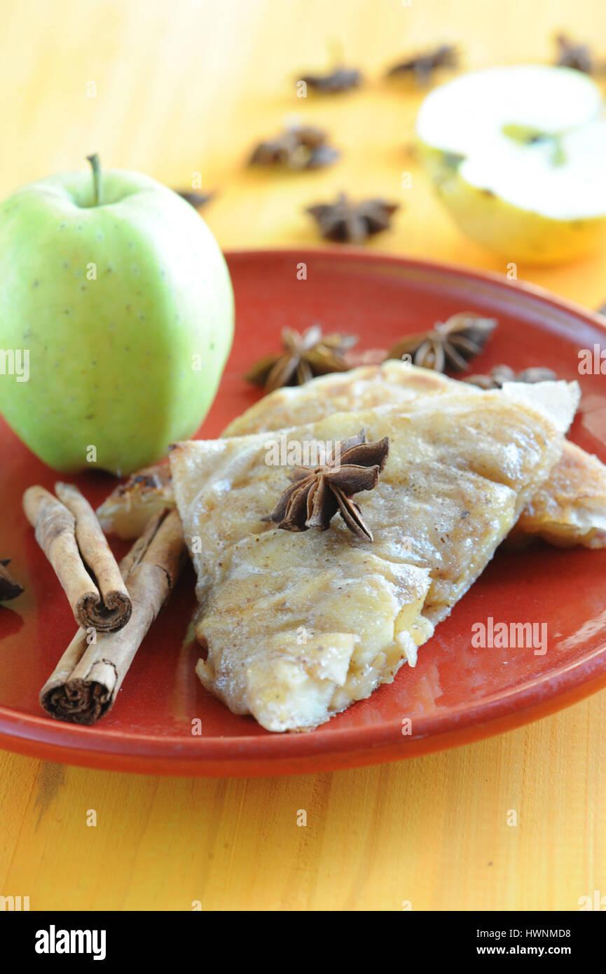 Croustillants pommes quatre-épices - Stock Image