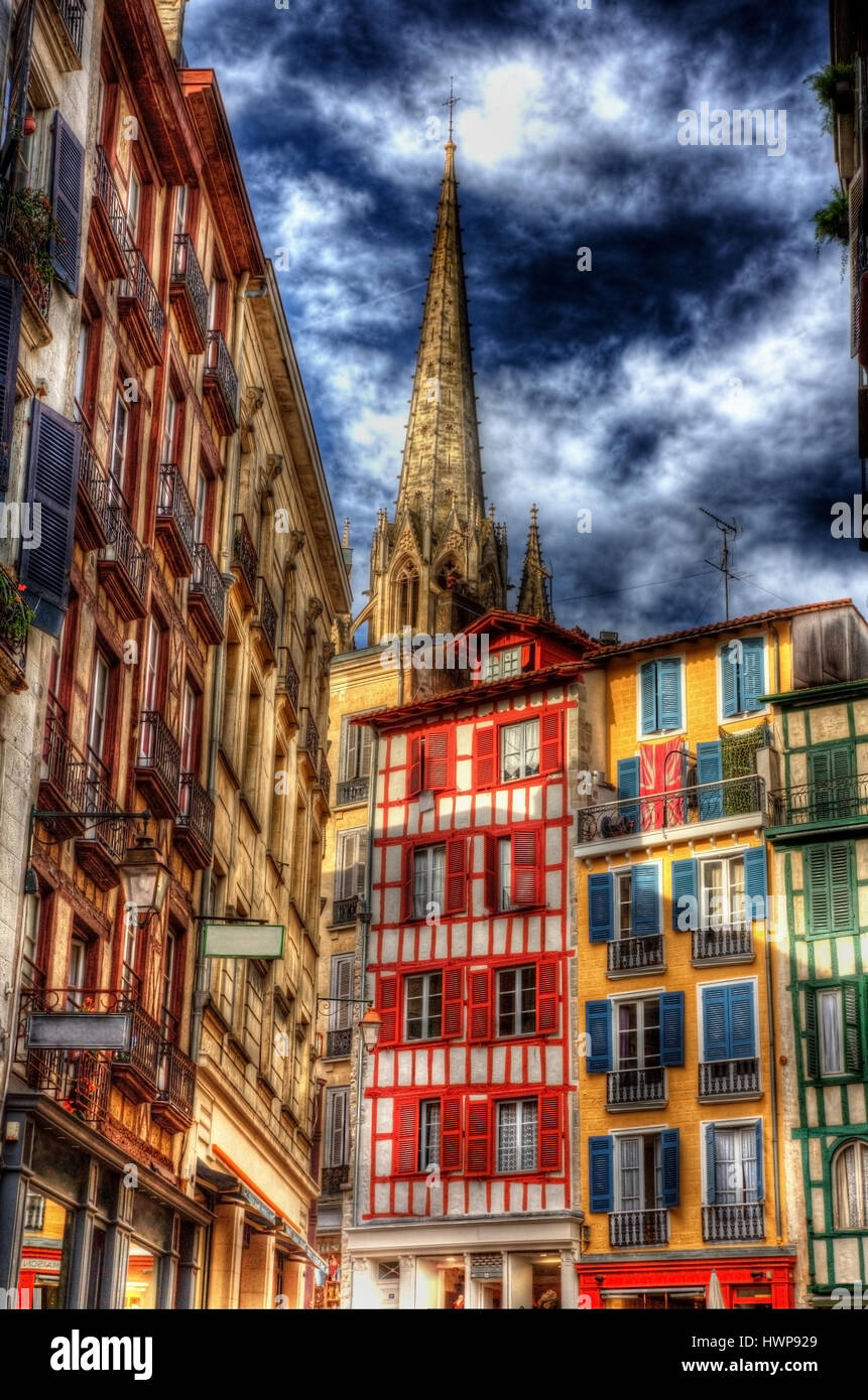 Buildings in Petit Bayonne area - France - Stock Image
