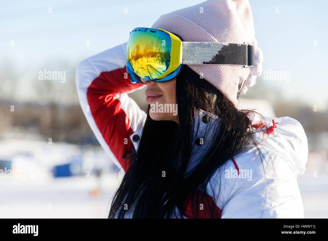 Sportswomen in sunglasses at mountains - Stock Image