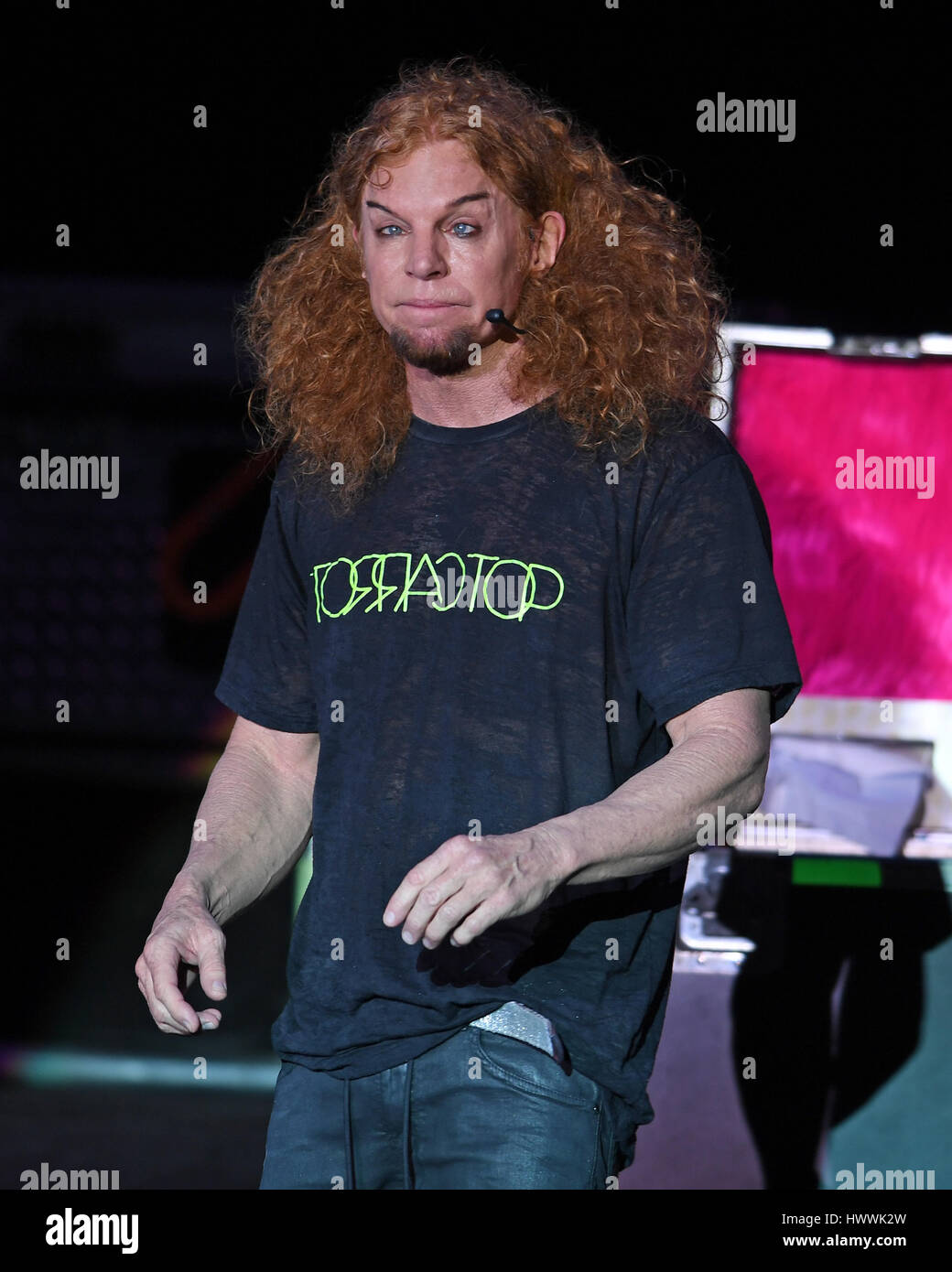Fort Lauderdale, FL, USA. 23rd Mar, 2017. Carrot Top performs at The Parker Playhouse on March 23, 2017 in Fort Stock Photo
