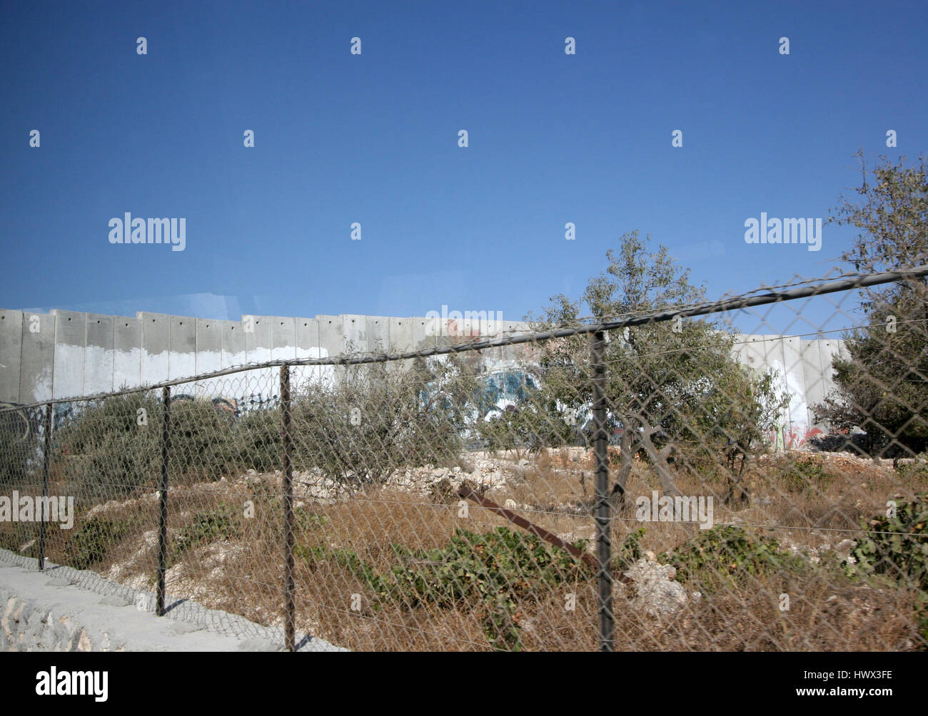 Israeli separation wall in the West Bank town of Bethlehem - Stock Image