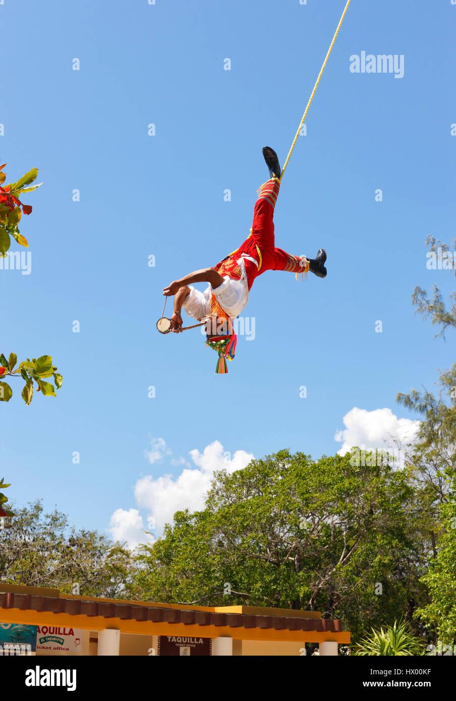 Papantla Flying Men Flying man in Tulum, Mexico - Stock Image